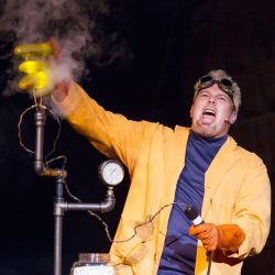 Doktor Kaboom! - Clover Sonoma Family Fun Series V...